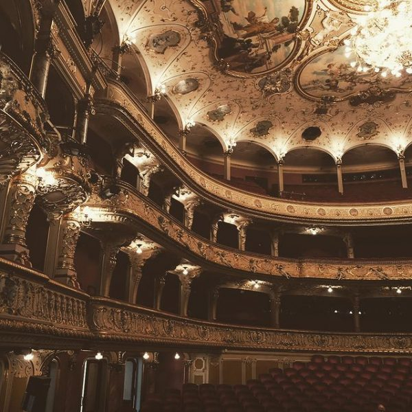 Art & Culture at behind-the-scenes of the Opera House - Zurich